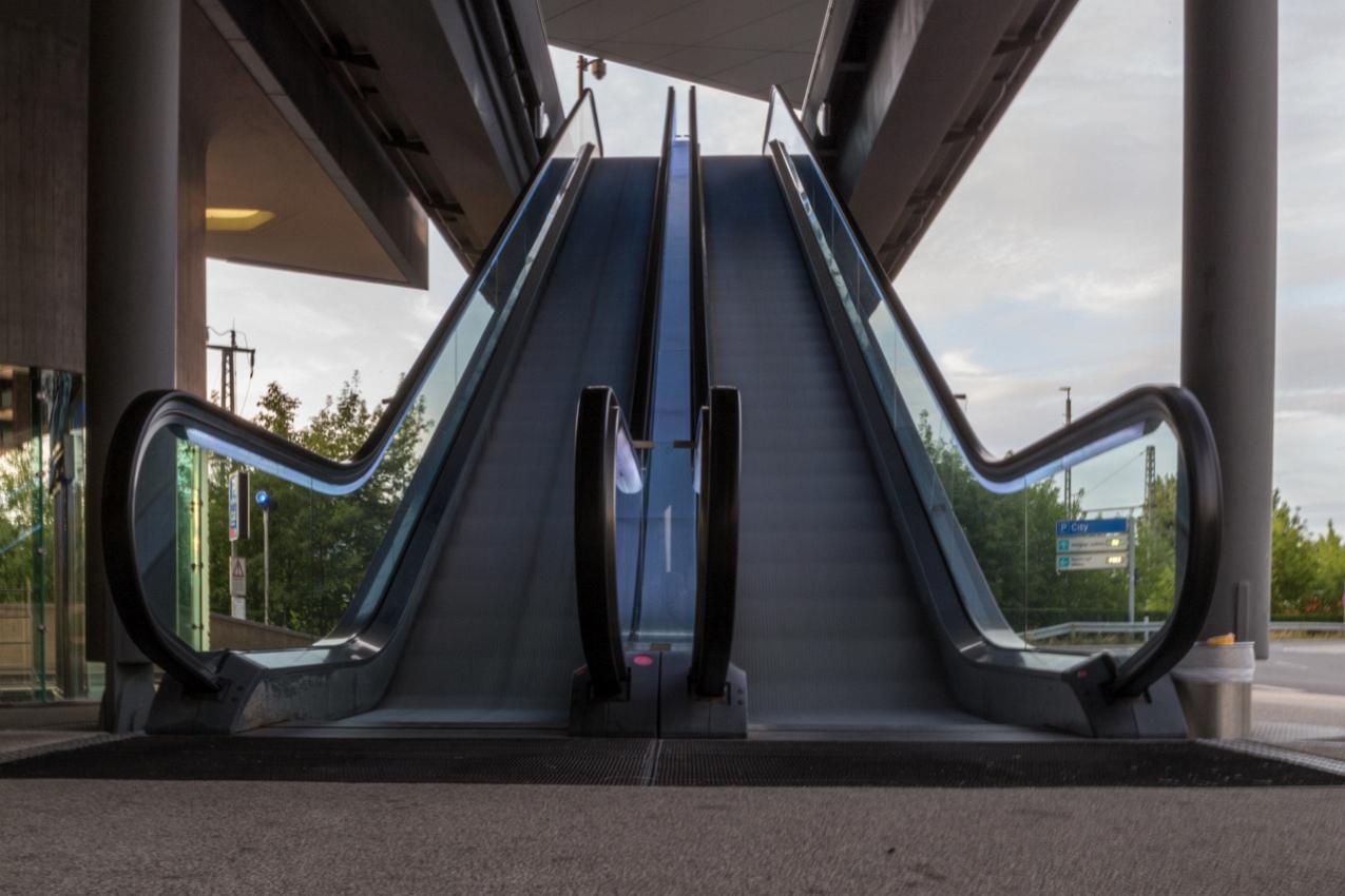 Rolltreppe-3.jpg